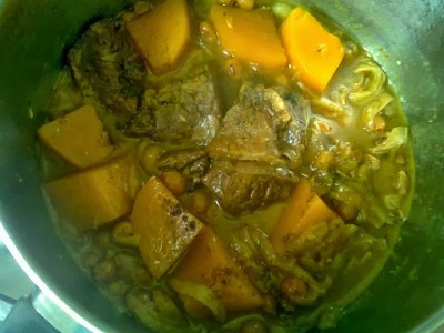 gar3a zbib 5 طبق لحم بالزبيب والقرعة الحمراء